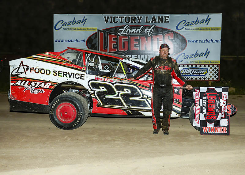 Tegg & Phelps Take First Checkered Flags Of Season At Land Of Legends