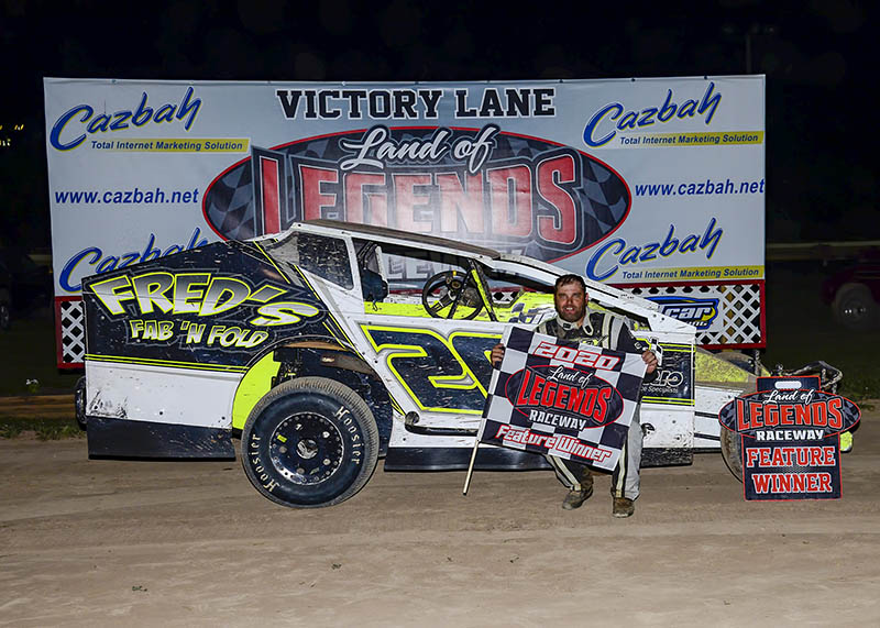 Wight Scores 5th Big-Block Mod Win, Eyes 1st Canandaigua Crown